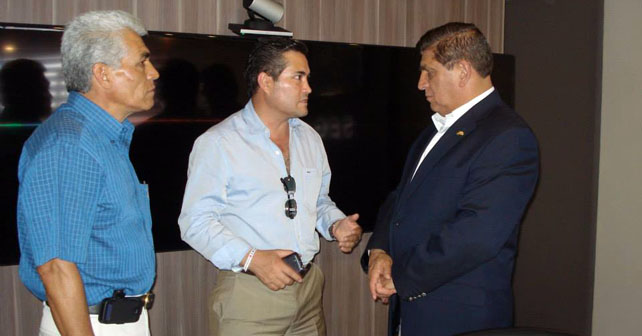 El presidente de Pénjamo, Jacobo Manríquez Romero, emtió voto Foto: archivo