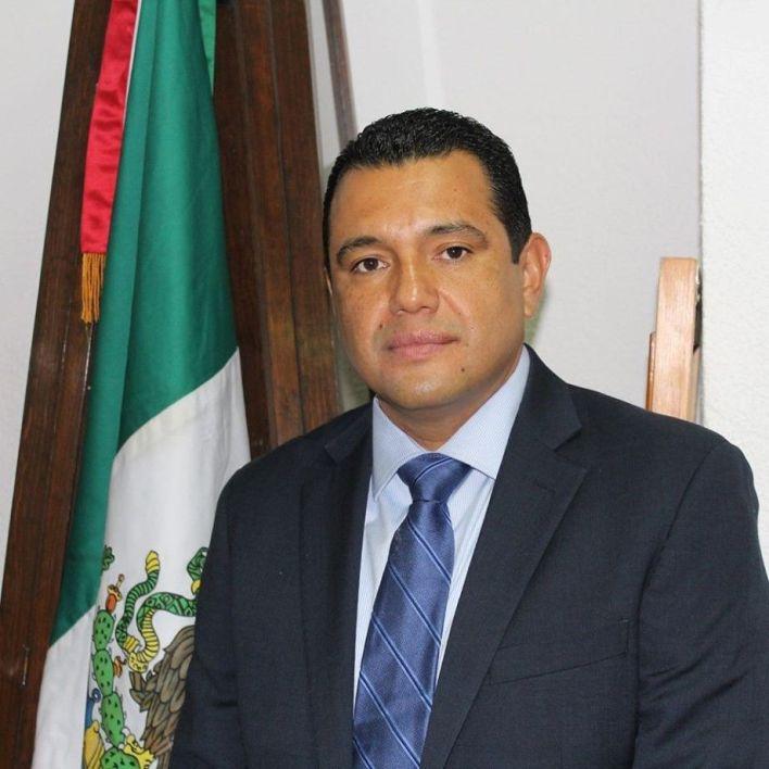 Armando Solís alcalde de Huanímaro