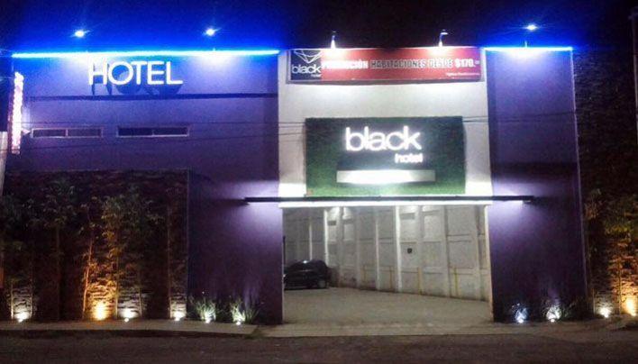 Motel Black Irapuato