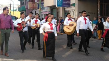 desfile penjamo-notus2
