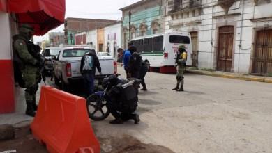 Photo of Ejército y Seguridad Pública revisan a motociclistas en Pénjamo