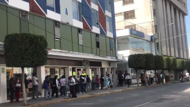 Photo of Interminables filas en centros bancarios de Irapuato