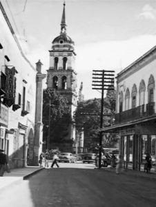 Irapuato antiguo, templos y calles (7)