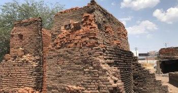 Con más de 800 hornos, Abasolo es el principal productor de ladrillo en el estado de Guanajuato. Foto por Francisco Somoza.