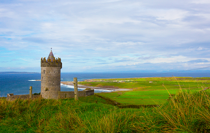 ireland travel, clare, castle