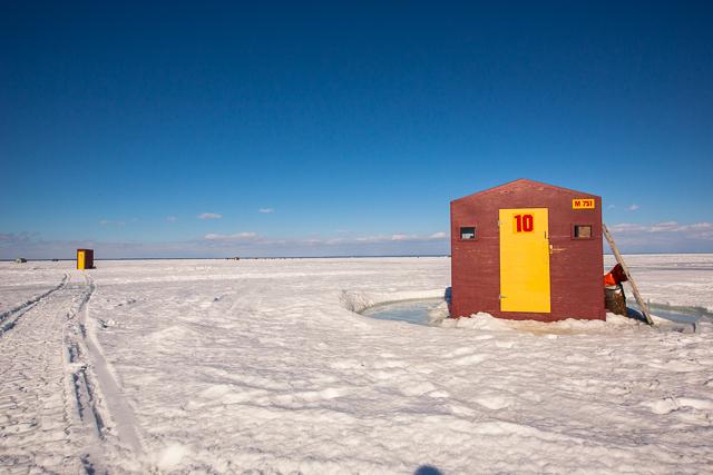 lake simcoe ice fishing hut