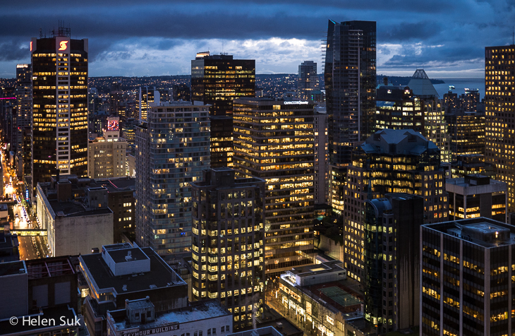 night view of vancouver from the vancouver lookout