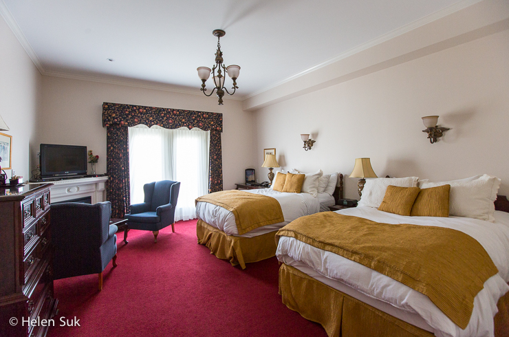 inside the premium hotel room at the waring house in picton