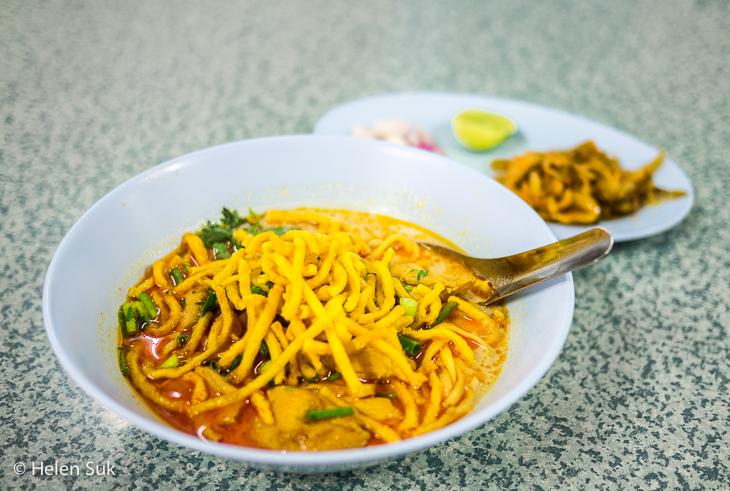 bowl of khao soi in chiang rai thailand