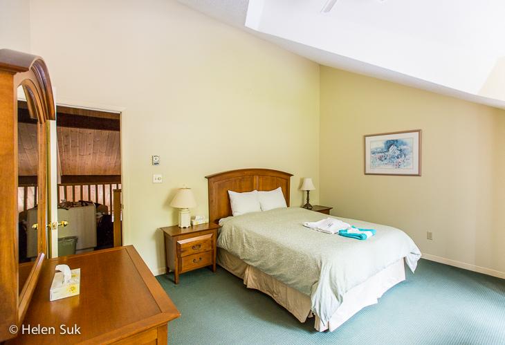 glen eagle suite bedroom