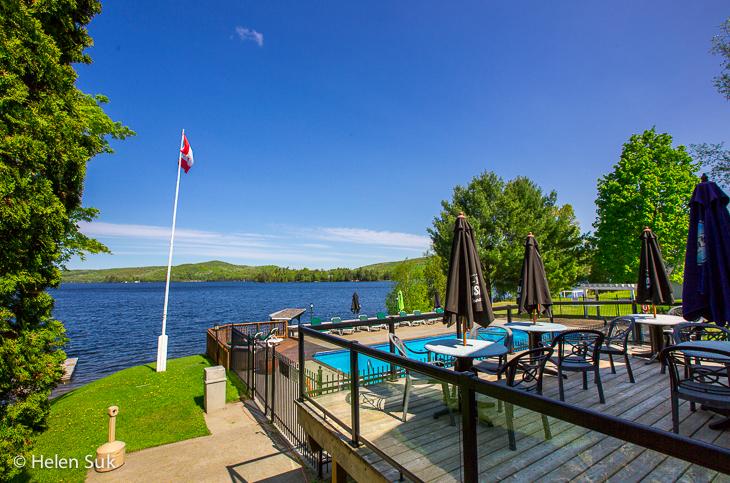 pool and lake at sir sams inn and spa couples retreat ontario