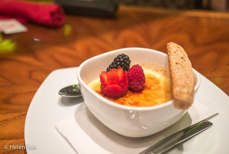 creme brulee dessert at cedar restaurant casino rama resort