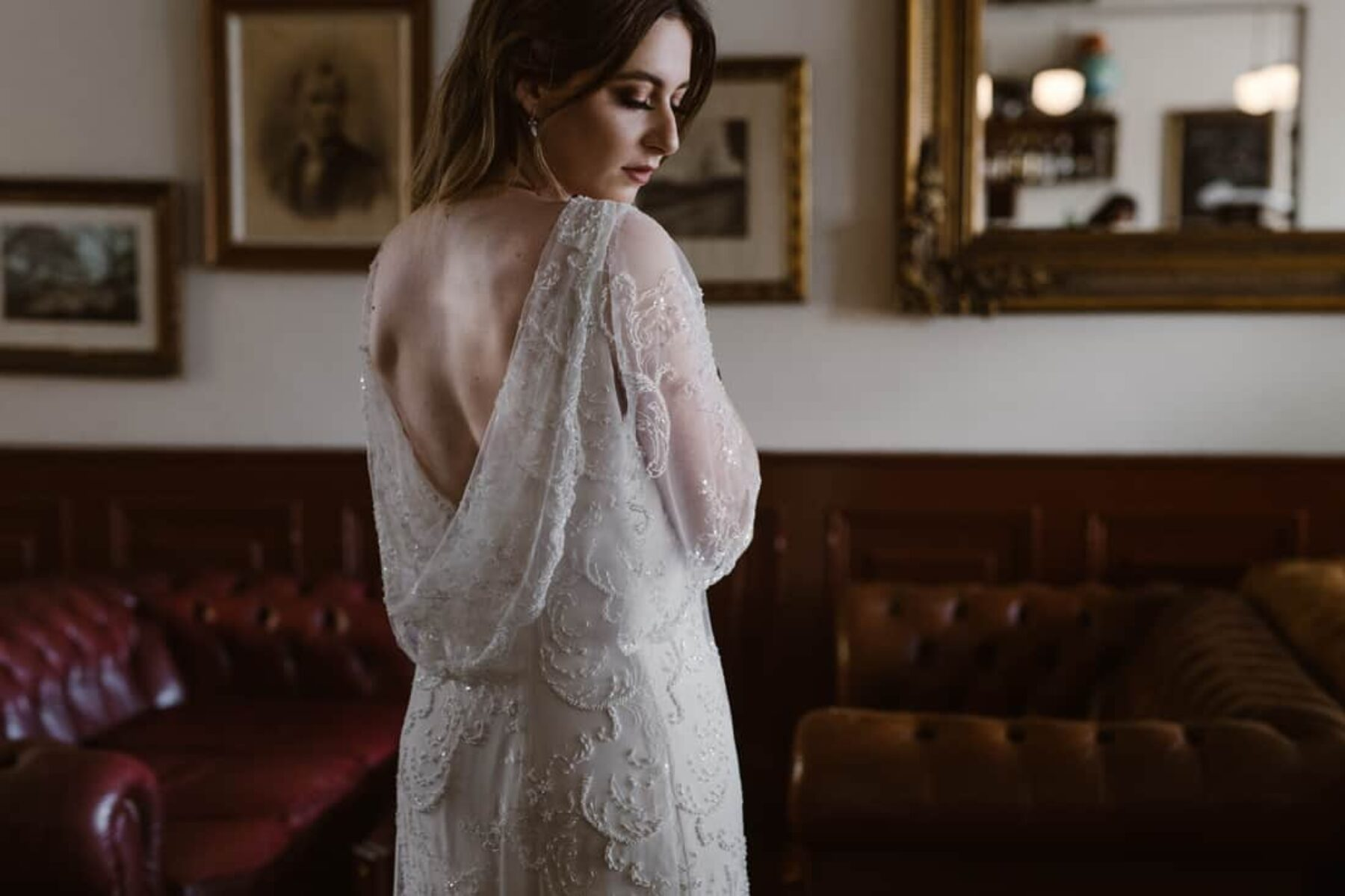 Winter Wedding Inspiration At A Vintage Pub