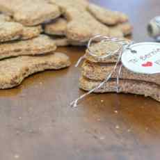 Simple recipe to make your own dog treats. Ingredients includes whole wheat, honey, eggs & cheddar cheese, sure to please even the pickiest canine friend.
