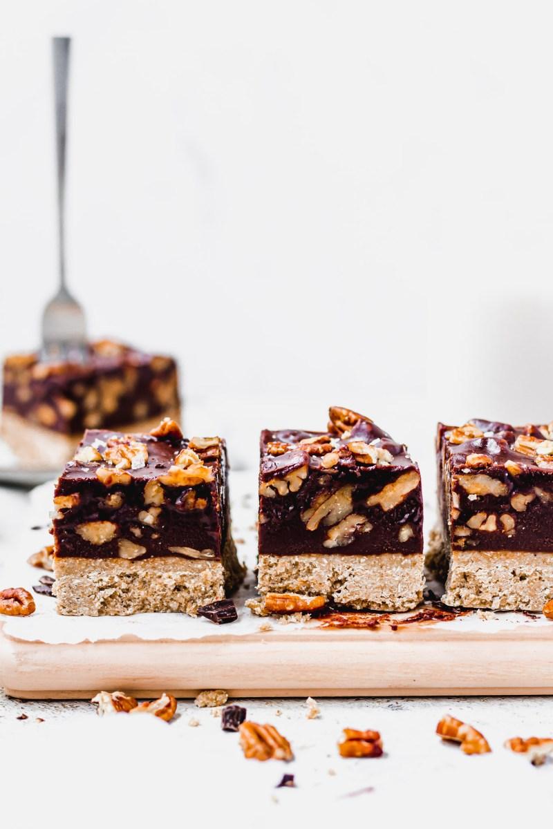 Chocolate Pecan Fudge Bars