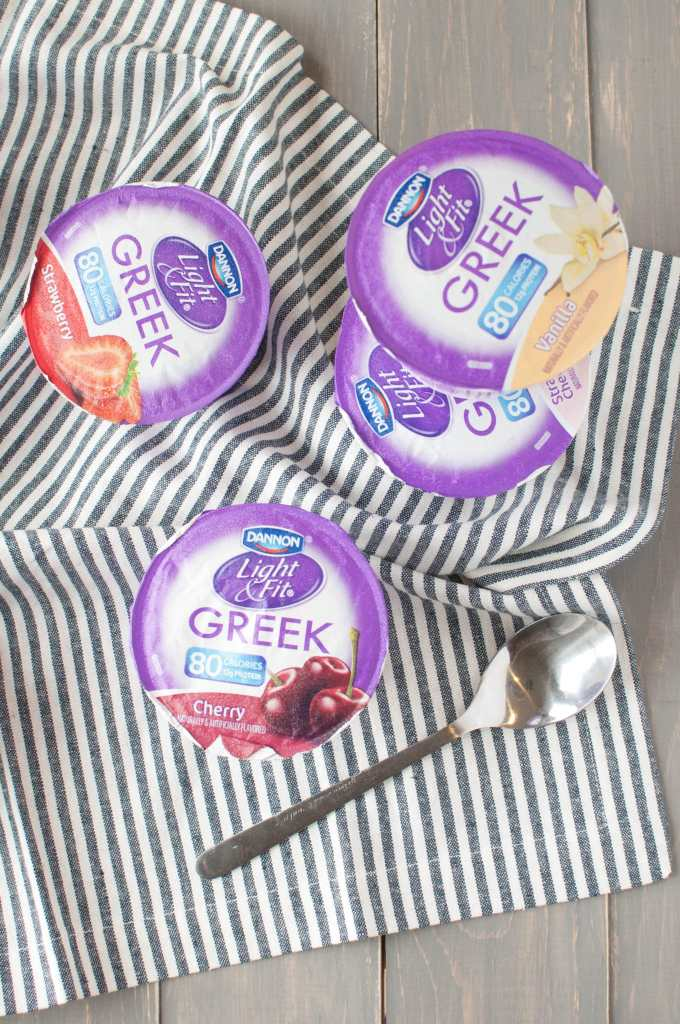 #ad How to Meal Prep with Dannon Light & Fit 3 | This registered dietitian nutritionist LOVES to incorporate Dannon Light & Fit into hermeal plan. Here's how you can add it to make eating nourishing breakfasts & snacks too easy. I mean, how could you not?#LightandFitRD #DoWhatFitsYou | www.nourishnutritionblog.com