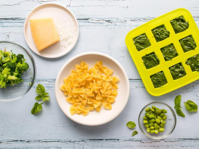 Spring Green Pesto Pasta Ingredients | www.nourishnutritionblog.com