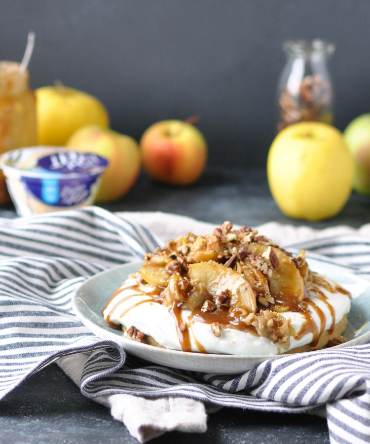 Easy No Bake Apple Tart with a Yogurt Filling | holiday dessert | made with the new Light & Fit Vanilla Greek Yogurt with No Artificial Sweeteners