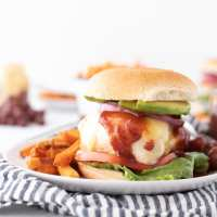 The Easiest Grilled Chicken Burger