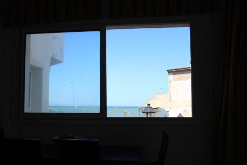 Dar Bouazza  appartement dans complexe sécurisée face à la mer avec plage privé
