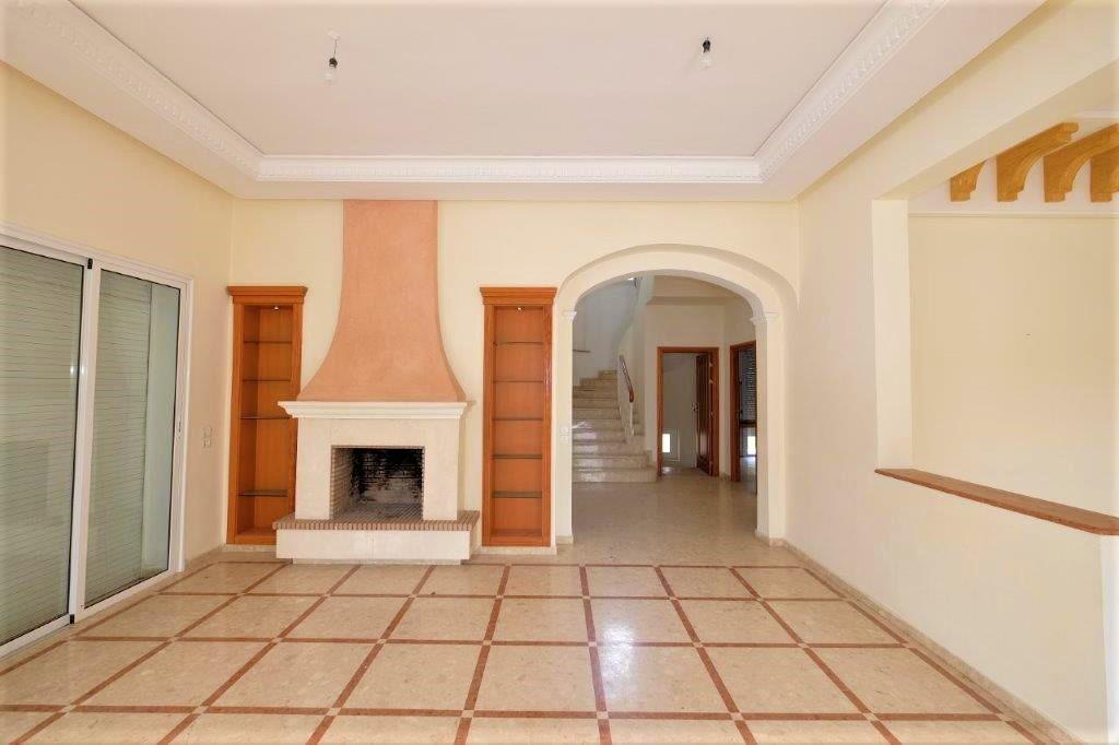 agréable villa à louer prix interessant 2 mn du Morocco Mall