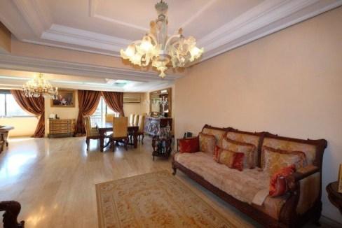 quartier bourgeois unique et rare (secteur Moulay Youssef) logement à vendre dans un immeuble très résidentiel