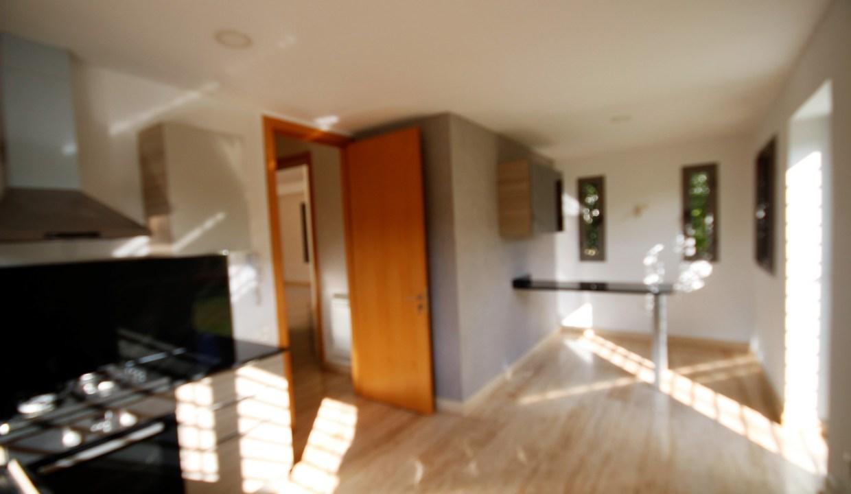 à louer villa de maître sur un terrain d'environ 600 m² avec piscine individuelle