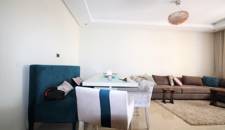 à louer appartement moderne meublé de 92m²        ( 2 CHAMBRES)