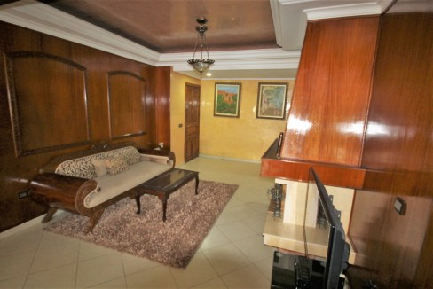 Maarif Extension (Bir Anzarane) à acheter parfait et lumineux logement familial de 163 m²