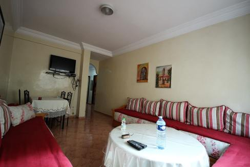 a-louer-parfait-meuble-2-chambres-avec-balcon-dans-rue-calme-002-min