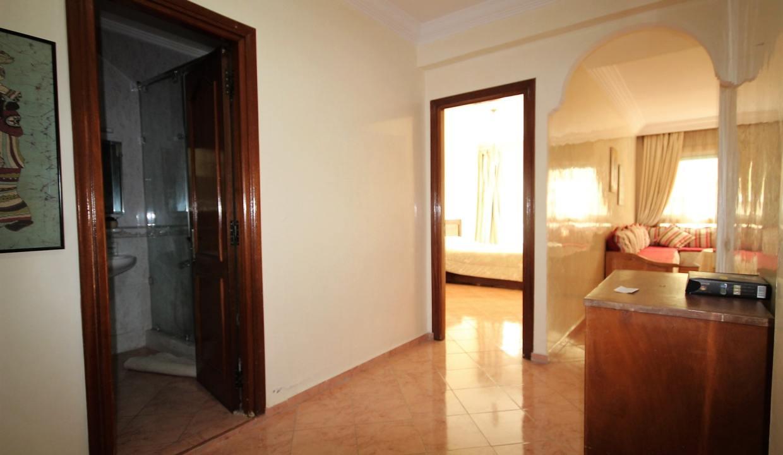 a-louer-parfait-meuble-2-chambres-avec-balcon-dans-rue-calme-012-min
