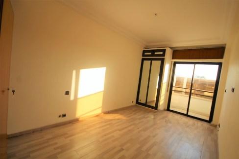 appartement-a-vendre-de-106M2-secteur-hopitaux-2-mars-proche-CHU-07