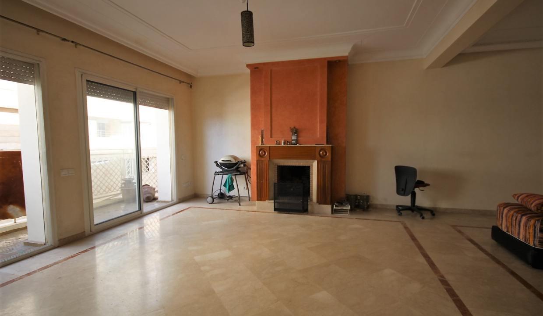 a-louer-appartement-de-144-m2-3-chambres-avec-prestations-haut-de-gamme-05