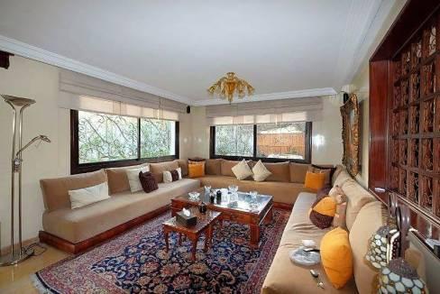 agreable-villa-entierement-refaite-a-acheter-d-une-superficie-terrain-de-460m-et-400m-habitable-en-triplex-sur-3-niveaux-0014