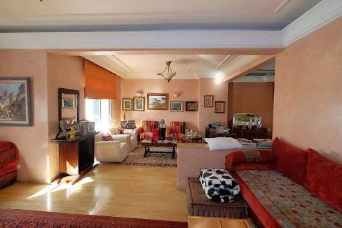 agreable-villa-entierement-refaite-a-acheter-d-une-superficie-terrain-de-460m-et-400m-habitable-en-triplex-sur-3-niveaux-0024