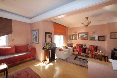 agreable-villa-entierement-refaite-a-acheter-d-une-superficie-terrain-de-460m-et-400m-habitable-en-triplex-sur-3-niveaux-0026
