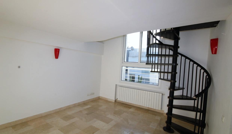 ain-diab-loue-villa-d-angle-moderne-de-4-chambres-vue-mer-016