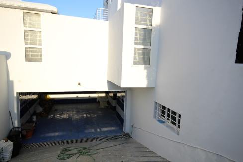 ain-diab-loue-villa-d-angle-moderne-de-4-chambres-vue-mer-03