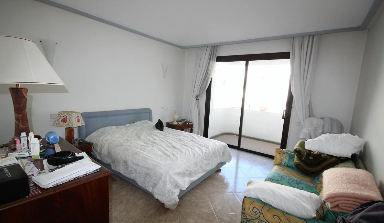 luxueux-appartement-de-250m-a-acheter-sur-bd-massira-khadra-001