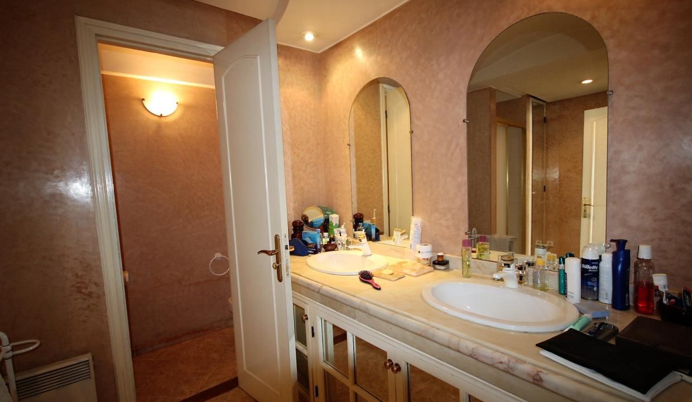 luxueux-appartement-de-250m-a-acheter-sur-bd-massira-khadra-003
