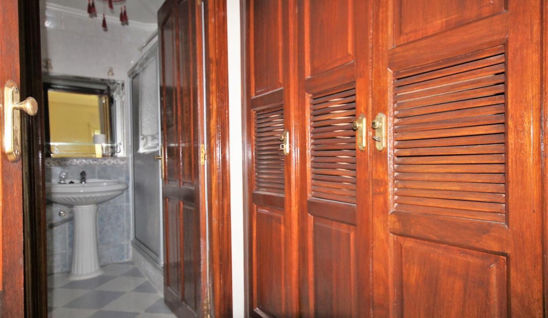 secteur-abdelmoumen-a-louer-vaste-appartement-3-chambres-de-160m2-022