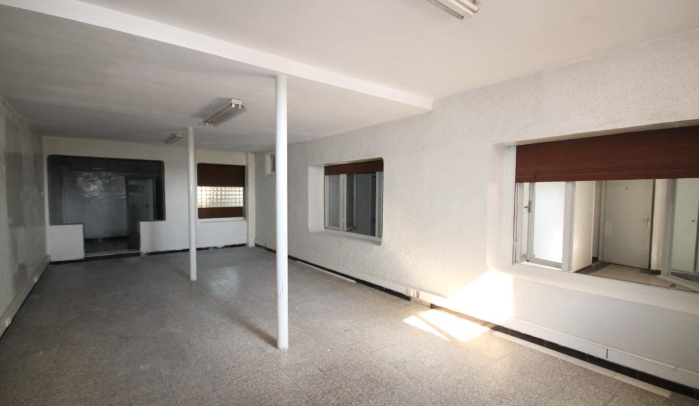 secteur-abdelmoumen-a-louer-vaste-appartement-3-chambres-de-160m2-03