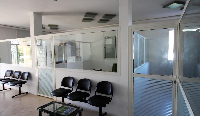 unite-industrielle-moderne-de-stockage-froid-et-de-distribution-a-vendre-location-possible-038