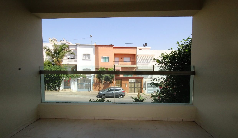 villa-de-5-chambres-a-louer-vide-ou-meublee-sur-terrain-371-m2-surface-habitable-400-m2-037