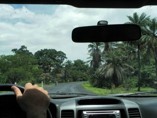 Sur la route de Ziguinchor, après la pluie. Photo P.B.
