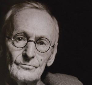 Espai #PensaenGran porta la reflexió sobre Hermann Hesse a Nueva Acròpolis Barcelona