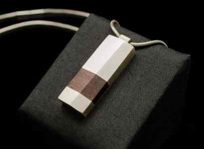 Silver Wood pendant-pn166