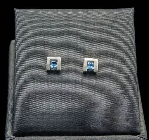 Pricess Cut Blue Topaz Earrings with Sterling Silver (ER75-4)