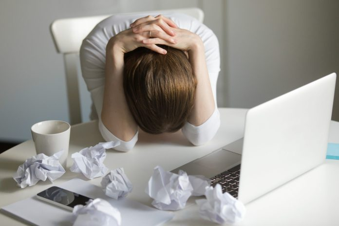 PROBUDITE SE RADNICI: Gazde uzmu minimalac, pa otpuste radnika 3