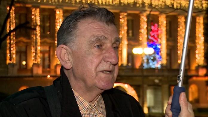 PENZIONER PORUČIO VUČIĆU: Ne uvlači se, mi smo ozbiljni veterani, VUČIĆ POLUDEO POSLE OVOGA! 2